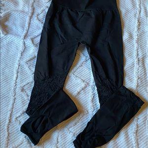 Fabletics Seamless Stirrup Legging - S